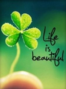 life-is-beautiful-wallpaper-2